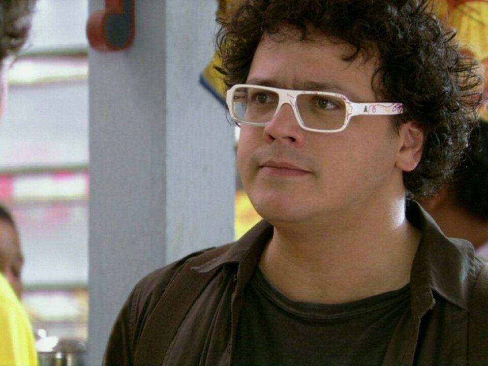 Malhação - Capítulo de quinta-feira, dia 29/03/2012, na íntegra - Fabiano fica furioso com Kiko e culpa Gabriel