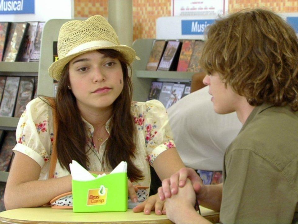 Malhação - Capítulo de terça-feira, dia 24/04/2012, na íntegra - Isabela conta a Fabiano seu namoro com Filipe