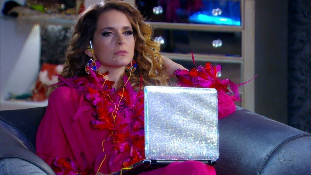 Cheias de Charme - Capítulo de quarta-feira, dia 09/05/2012, na íntegra - Chayene ouve a música de Rosário