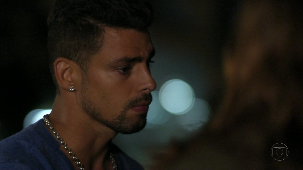 Avenida Brasil - Capítulo de segunda-feira, dia 25/06/2012, na íntegra - Jorginho termina o namoro com Débora