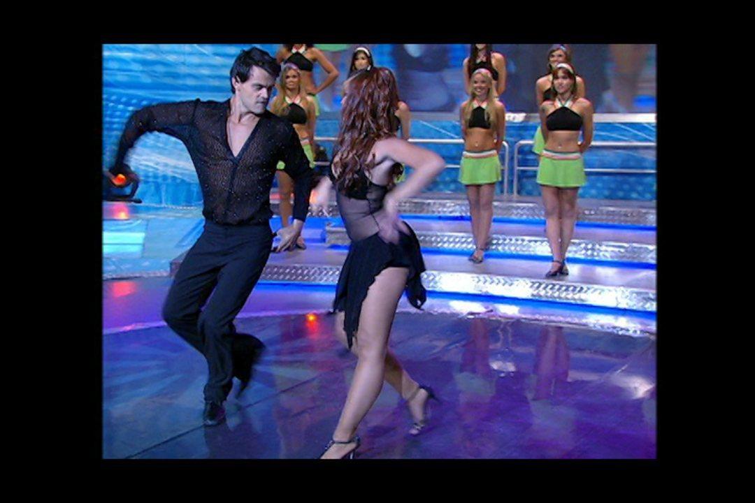 Reveja Carmo Dalla Vecchia no Dança dos Famosos em 2007