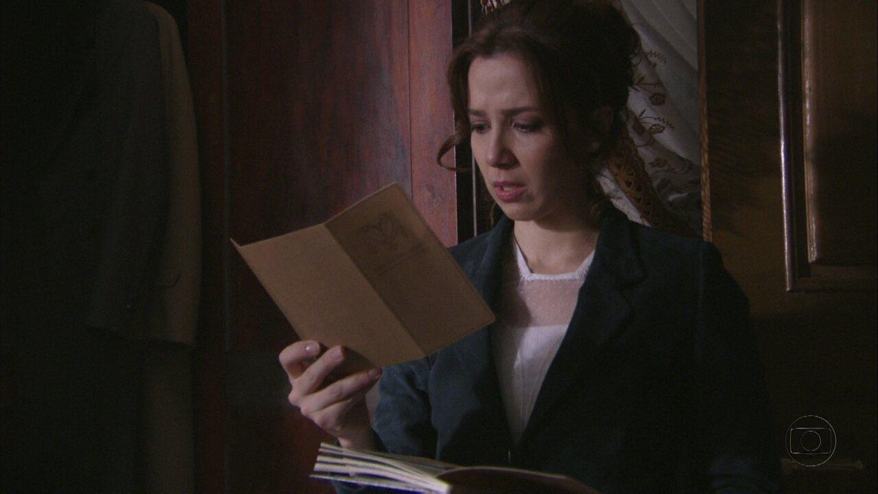 Lado a Lado, capítulo de quarta-feira, dia 19/09/2012, na íntegra - Laura encontra uma foto de uma atriz nos pertences de Edgar