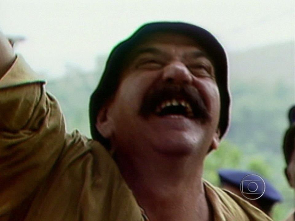 Vídeo Show   Relembre uma cena imperdível de O Salvador da Pátria ...