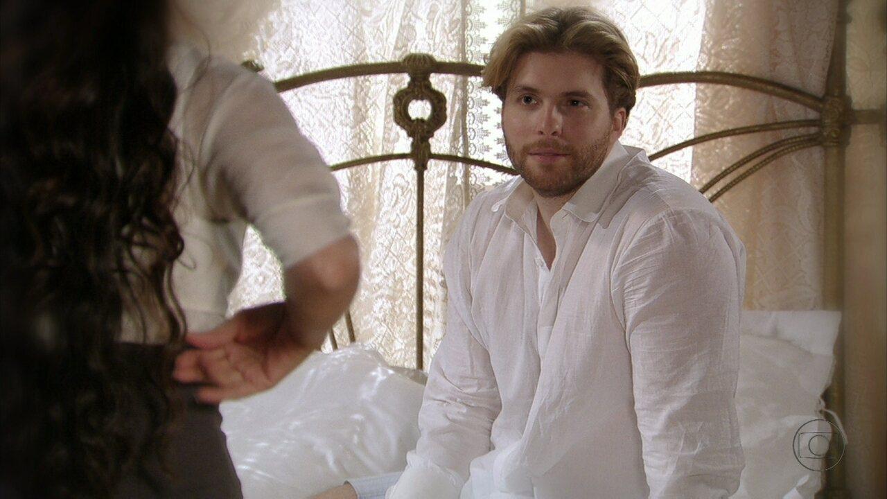 Lado a Lado - capítulo de segunda-feira, dia 24/12/2012, na íntegra - Edgar pergunta para Laura se ela voltará a morar com ele. Jonas tenta ajudar Alice
