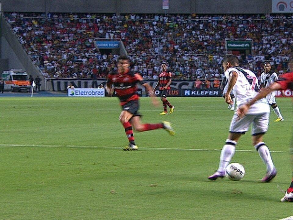 Vasco 2 x 4 Flamengo, pela 4ª rodada da Taça Guanabara 2013