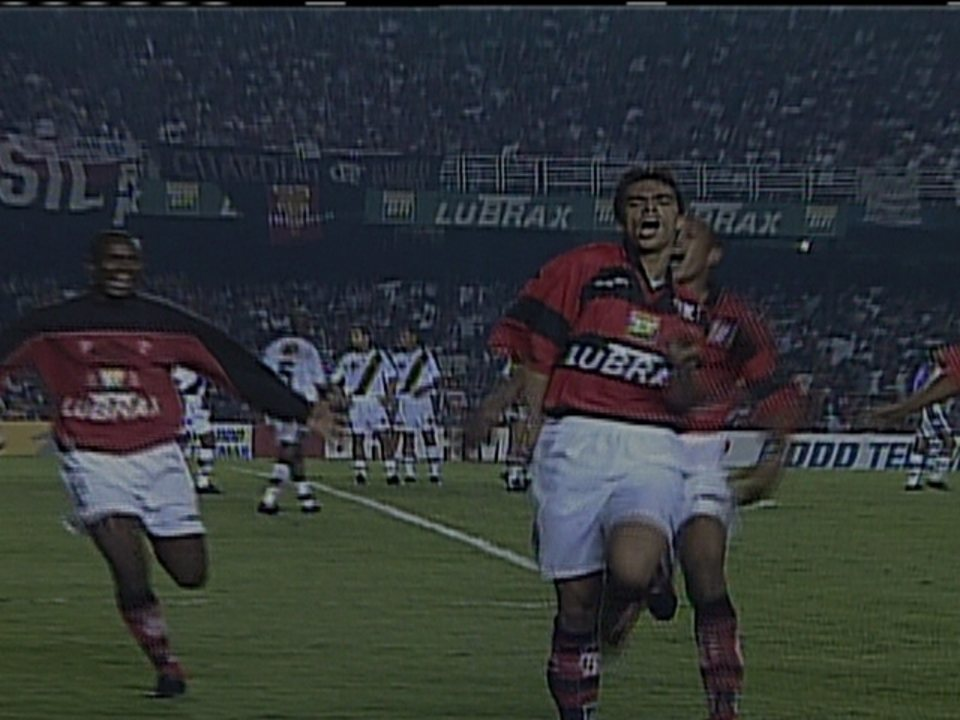 Rodrigo Mendes lembra do gol marcado contra o Vasco na final do Carioca de 1999