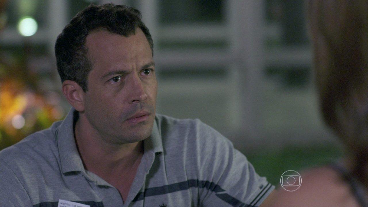 Amor à Vida - capítulo de sexta-feira, dia 28/06/2013, na íntegra - Bruno não aceita que Paloma leve Paulinha