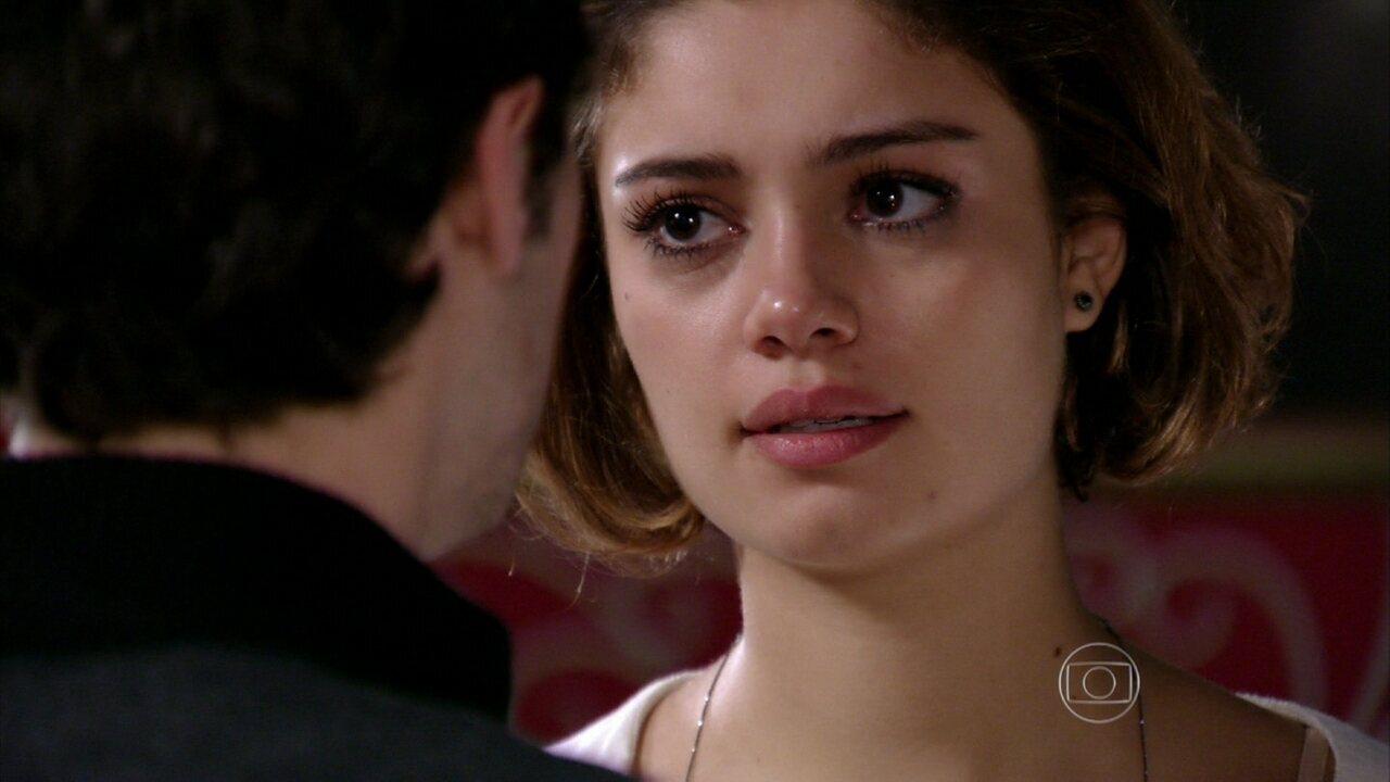 Sangue Bom - capítulo de quarta-feira, dia 17/07/2013, na íntegra - Amora pede Maurício em casamento