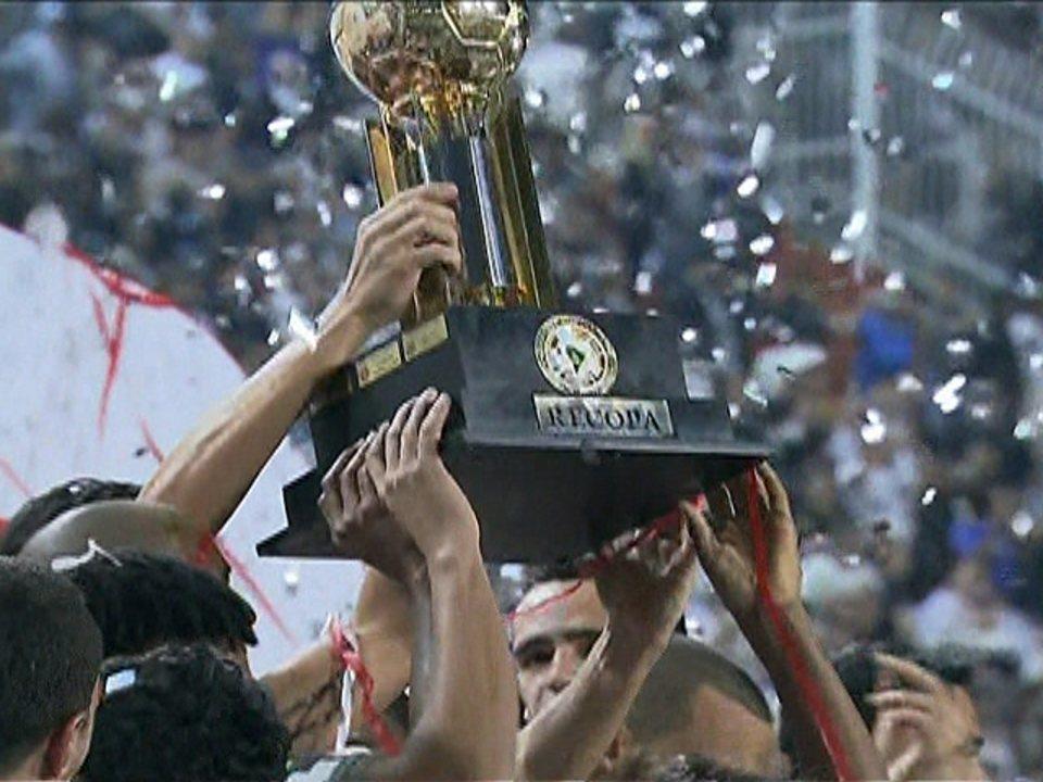 Corinthians leva o título da Recopa Sul-Americana sobre o rival São Paulo