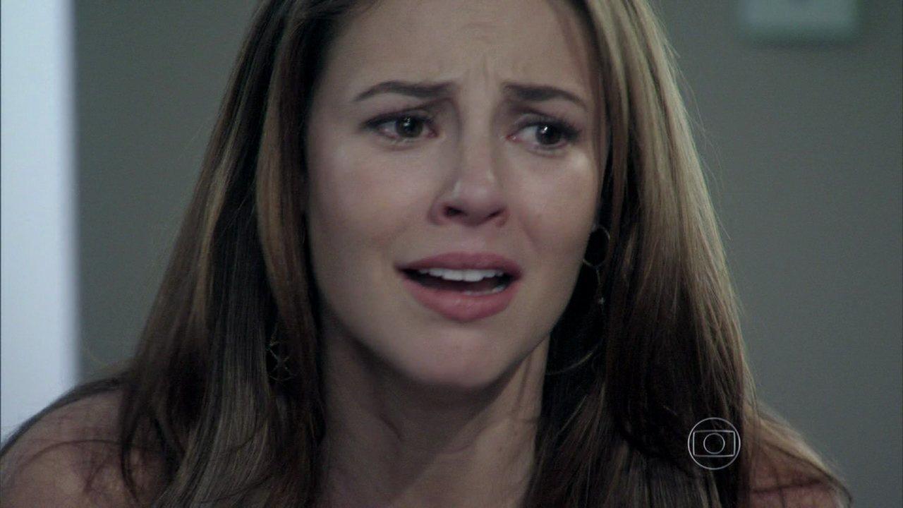 Amor à Vida - capítulo de quinta-feira, dia 18/07/2013, na íntegra - Paloma fica transtornada com o resultado negativo de seu exame de DNA