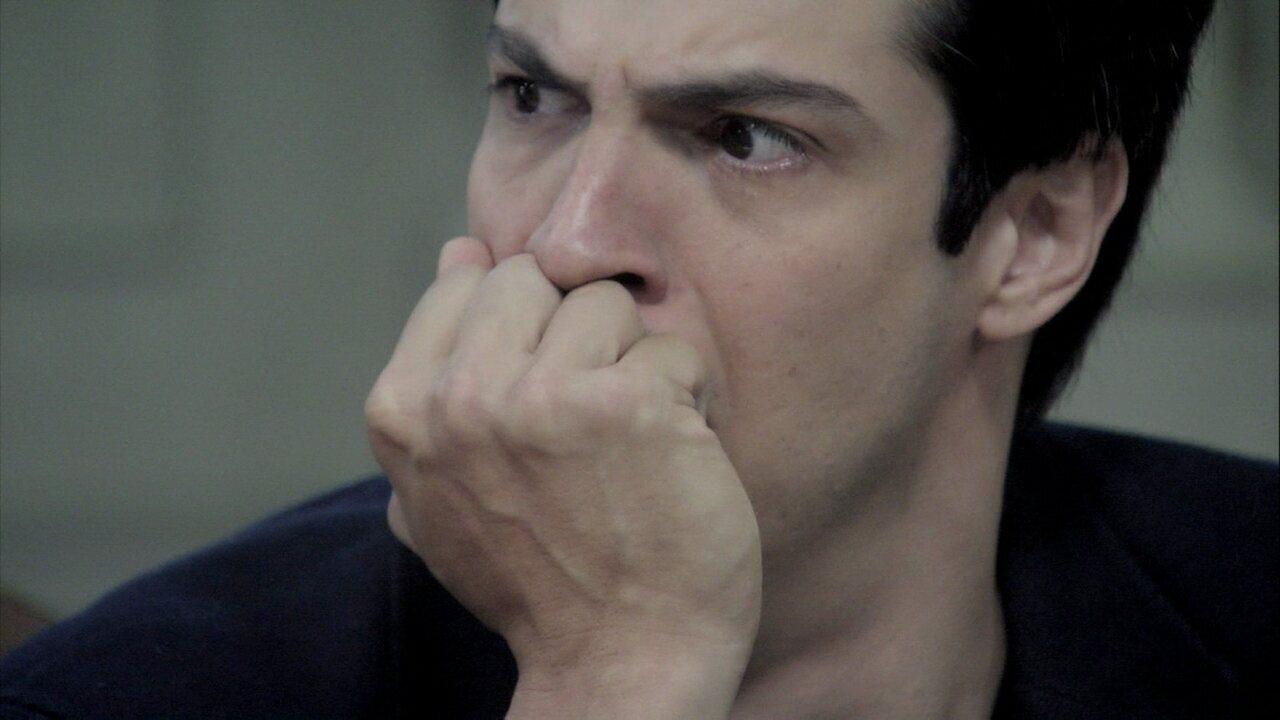 Amor à Vida - Capítulo de segunda-feira, dia 04/11/2013, na íntegra - Edith assume que foi paga por César para se aproximar de Félix