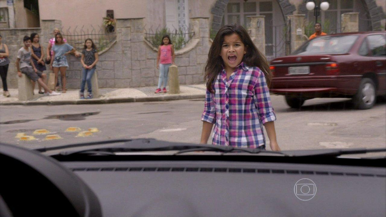 Malhação - Capítulo de sexta-feira, dia 06/12/2013, na íntegra - Tita sofre um acidente, e Pedro se culpa