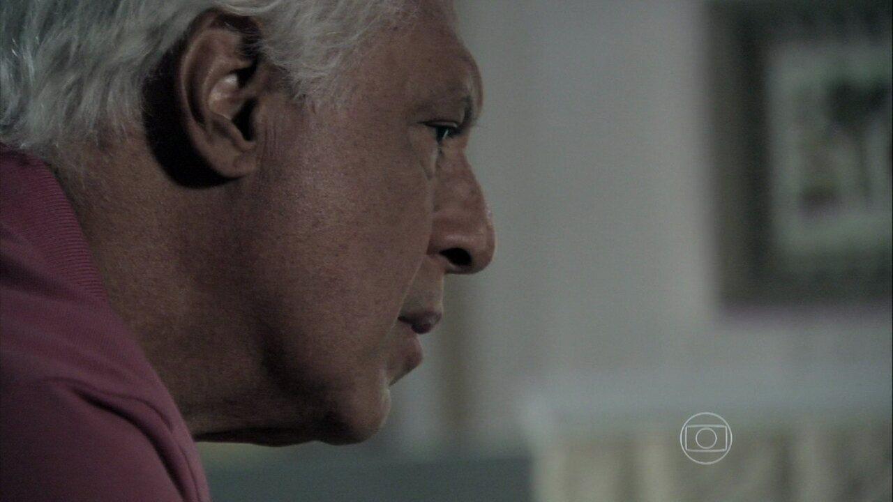 Amor à Vida - capítulo de sábado, dia 18/01/2014, na íntegra - César pede para Rebeca confirmar se Aline tem um amante