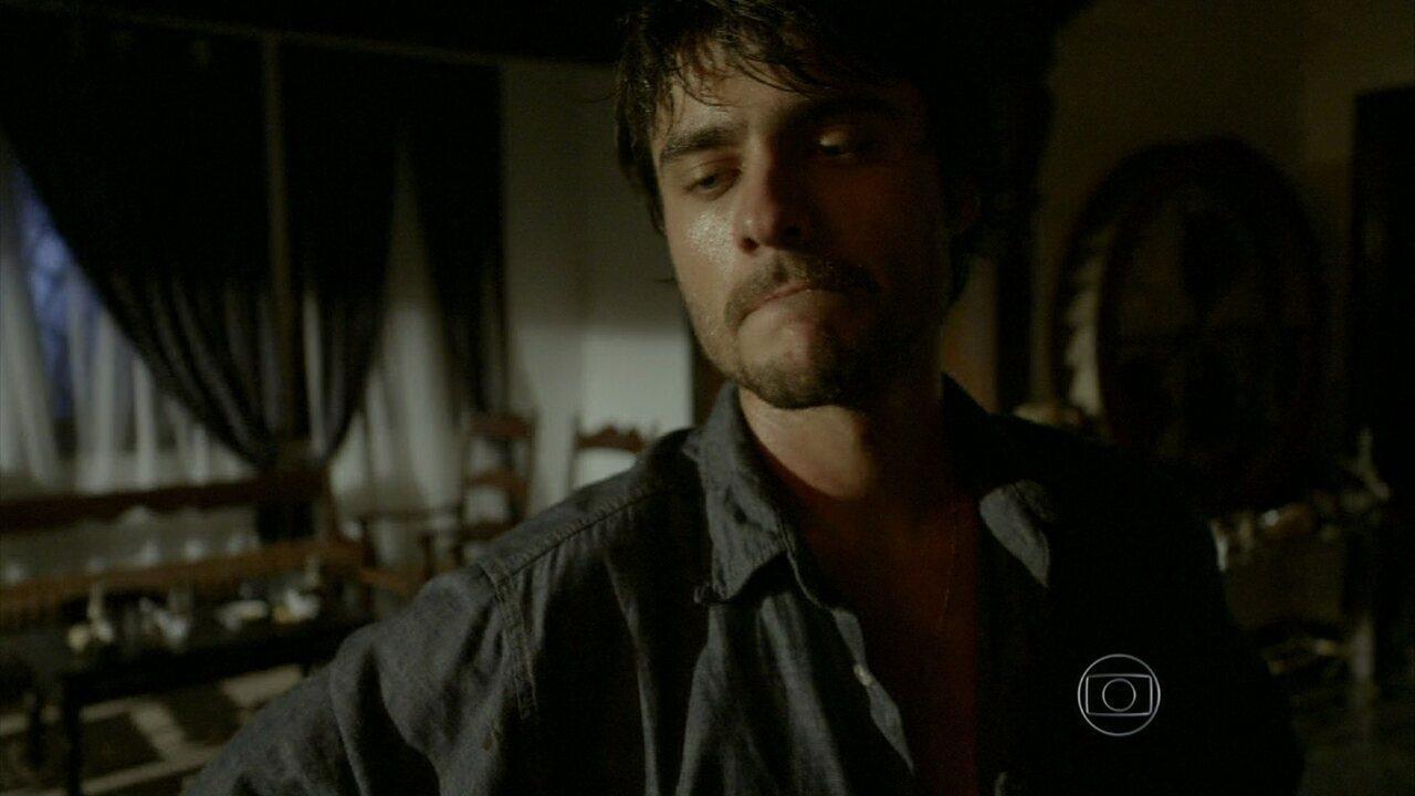 Em Família - Capítulo de sexta-feira, dia 07/02/2014, na íntegra - Laerte fere Virgílio violentamente e decide ocultar o crime