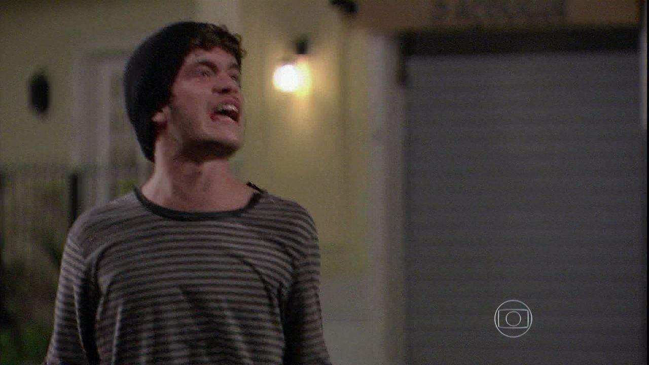 Malhação - Capítulo de quinta-feira, dia 13/03/2014, na íntegra - Sidney se declara para Sofia e Ben chega