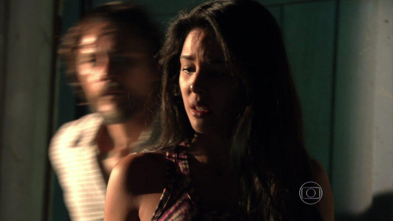 Além do Horizonte - Capítulo de segunda-feira, dia 17/03/2014, na íntegra - Fátima chama Kléber de pai e implora que ele não faça nada contra Matias