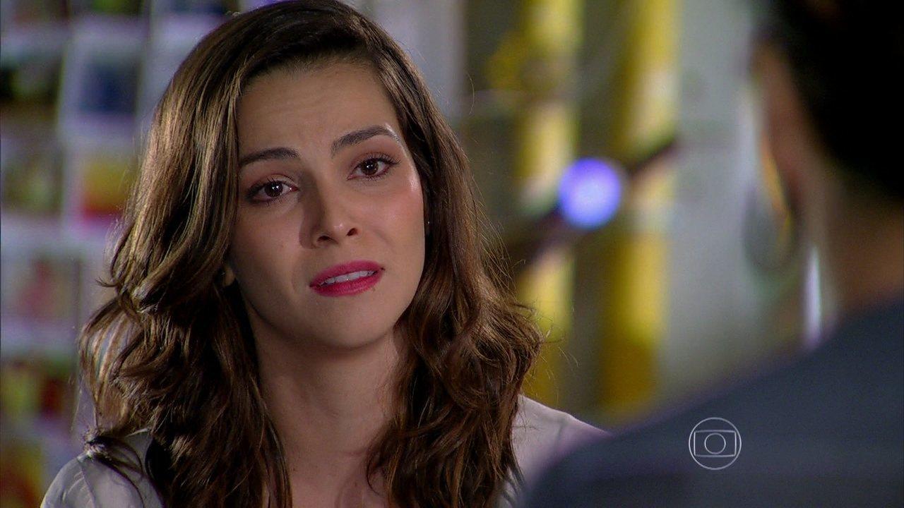 Em Família - Capítulo de sexta-feira, dia 21/03/2014, na íntegra - Marina desiste de Clara