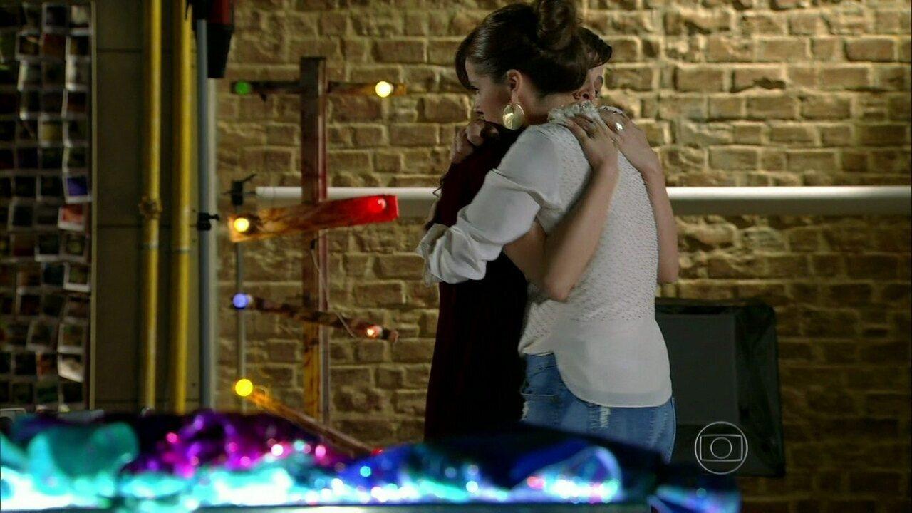 Em Família - Capítulo de sábado, 22/03/2014, na íntegra - Clara se demite e diz que vai se afastar de Marina