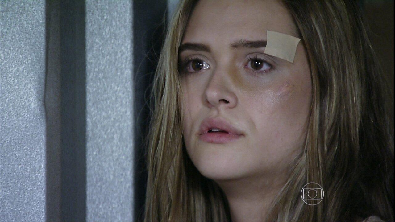 Além do Horizonte - capítulo de sexta-feira, dia 25/04/2014, na íntegra - Lili é desmascarada por Tereza e Paulinha