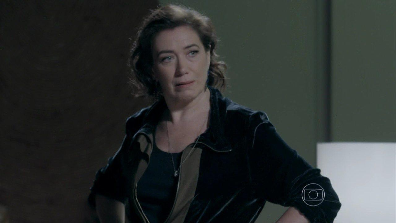 Império - Capítulo de quarta-feira, dia 29/10/2014, na íntegra - Maria Marta flagra Isis e José Alfredo na cama