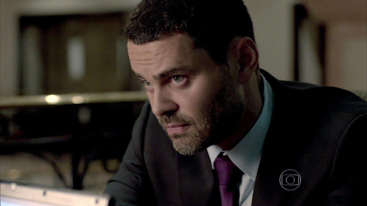 Império - capítulo de quarta-feira, dia 26/11/2014, na íntegra - Maurílio mostra para Téo as provas contra José Alfredo
