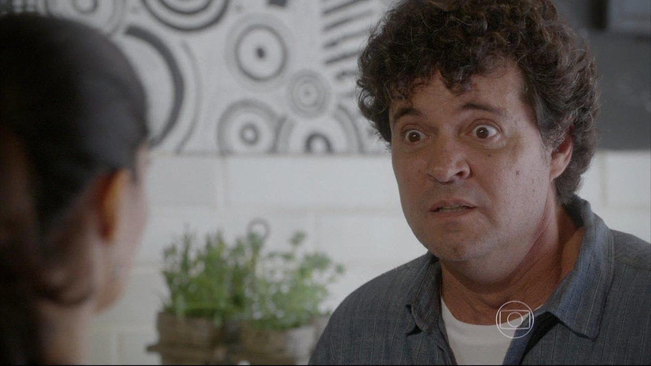 Malhação - capítulo de segunda-feira, dia 15/12/2014, na íntegra - Delma diz que deixou Tomtom sozinha com Roberta