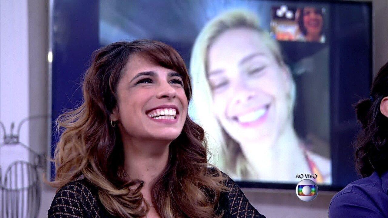 Pela internet, Carolina Dieckmann comenta briga com a amiga Maria Ribeiro