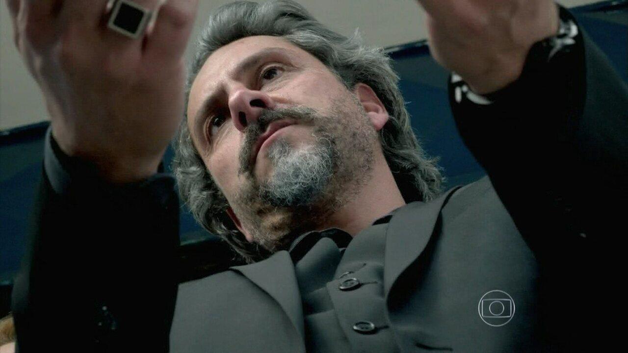 Império - Capítulo de segunda-feira, dia 02/02/2015, na íntegra - José Alfredo é preso