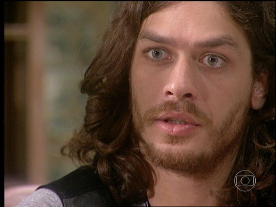 O Rei do Gado - capítulo de quarta-feira, dia 15/04/15, na íntegra - Marcos descobre que Rafaela vai se casar com Tavinho
