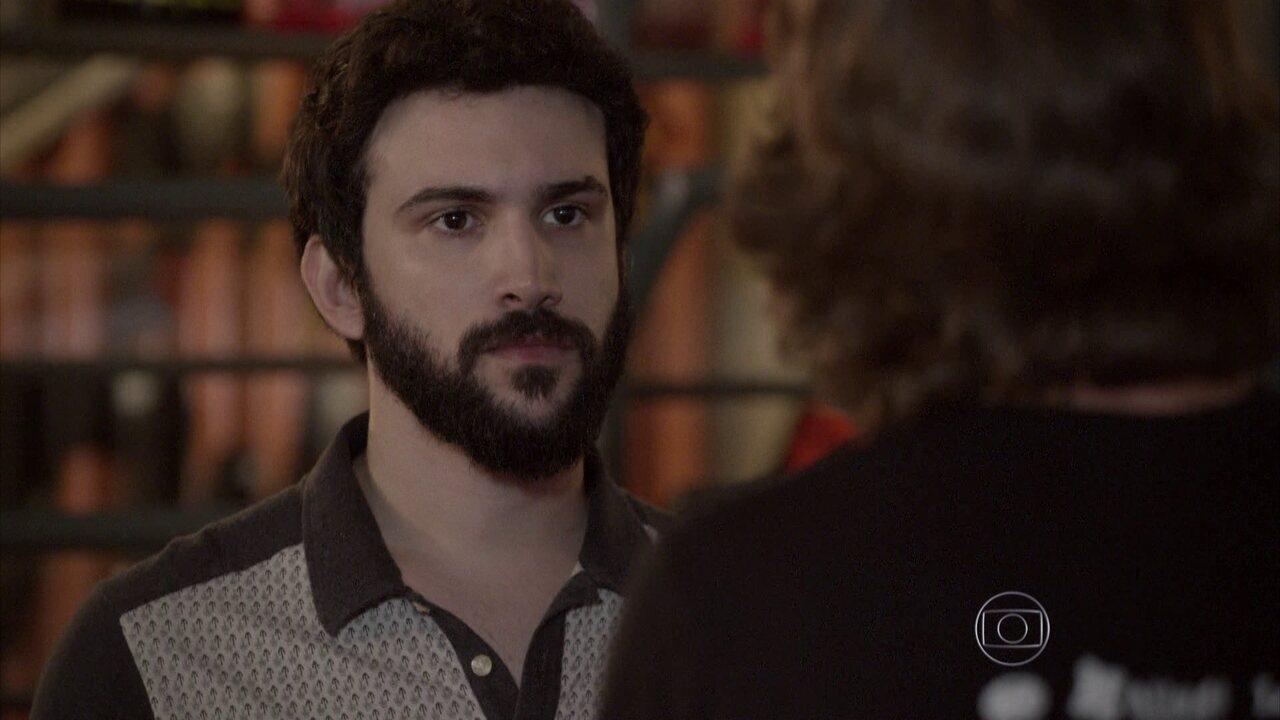 Malhação - capítulo de quinta-feira, dia 28/05/2015, na íntegra - Zé Ernesto chega na Khan achando que vai encontrar Lobão