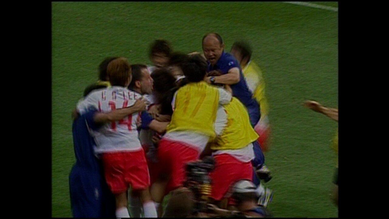 Em 2002, Coreia do Sul vence Espanha, nos pênaltis, pela Copa do Mundo