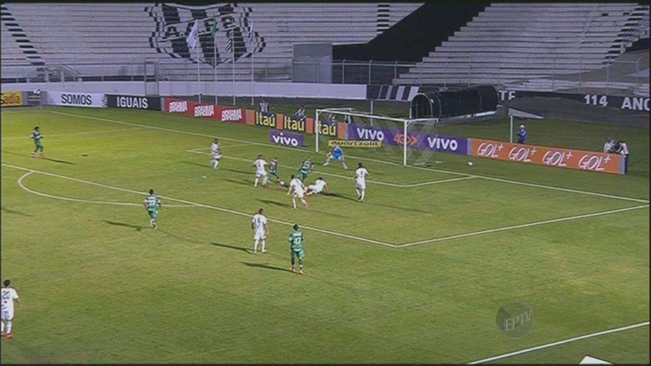 Ponte Preta vence a Chapecoense por 3 a 1