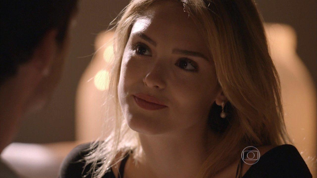 Sete Vidas - Capítulo de quinta-feira, dia 04/06/2015, na íntegra - Júlia decide ir atrás de seu pai