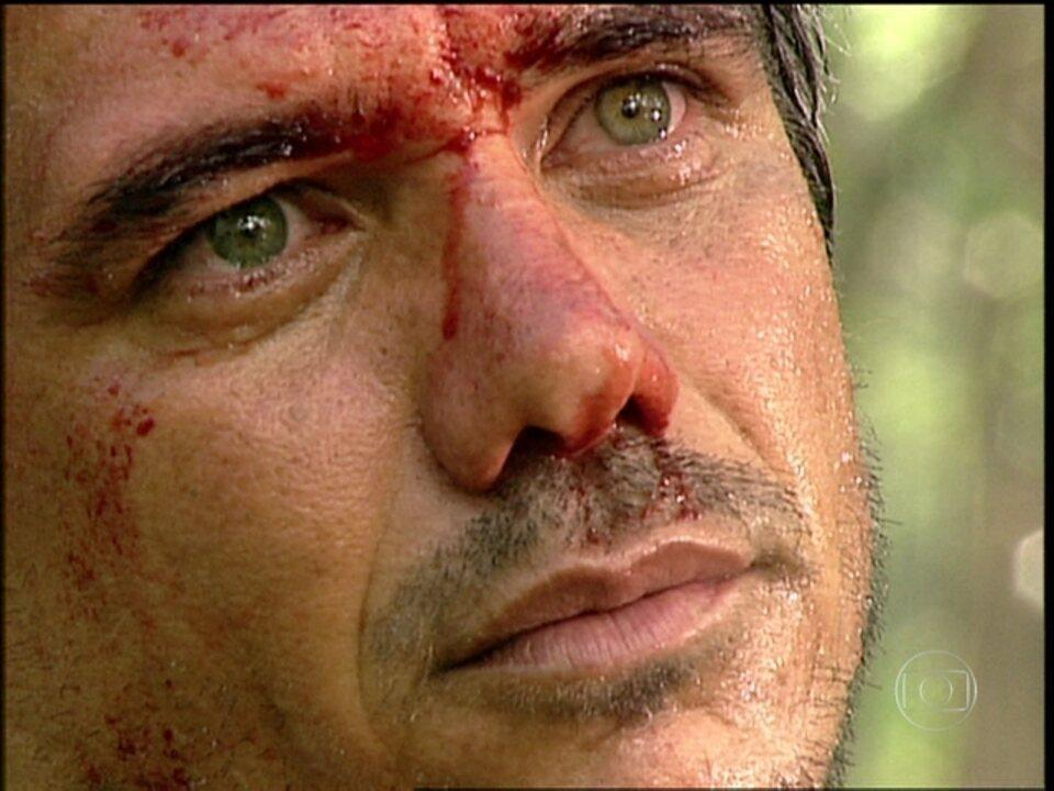O Rei do Gado - capítulo de quarta-feira, dia 29/07/15, na íntegra - Regino é assassinado