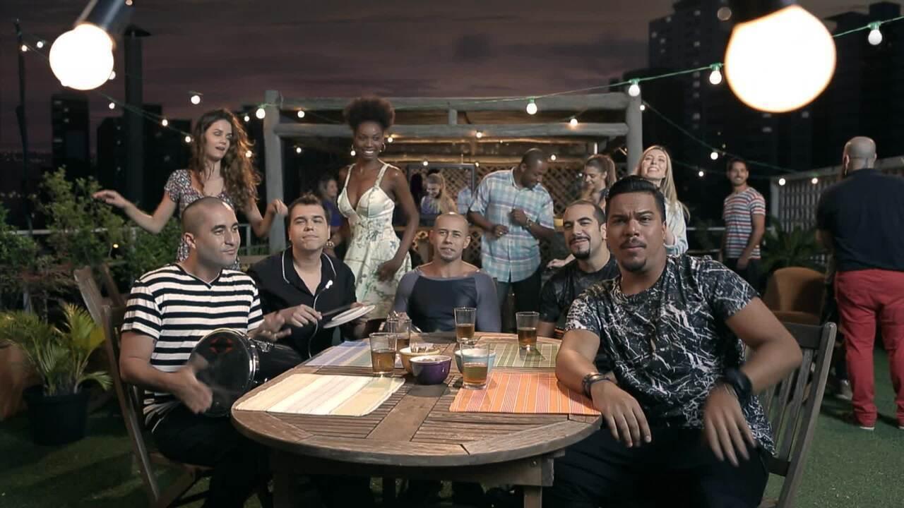 TV Globo Digital: Sorriso Maroto canta em campanha