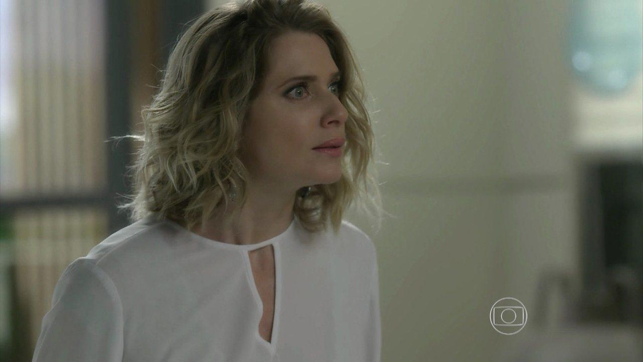 I Love Paraisópolis, capítulo de terça-feira - dia 15/9/2015, na íntegra - Grego e Soraya ficam presos no elevador