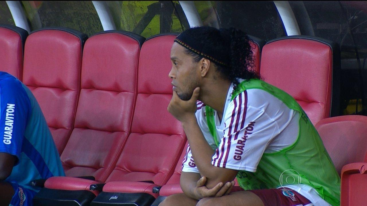 Ronaldinho Gaúcho deixa o Fluminense