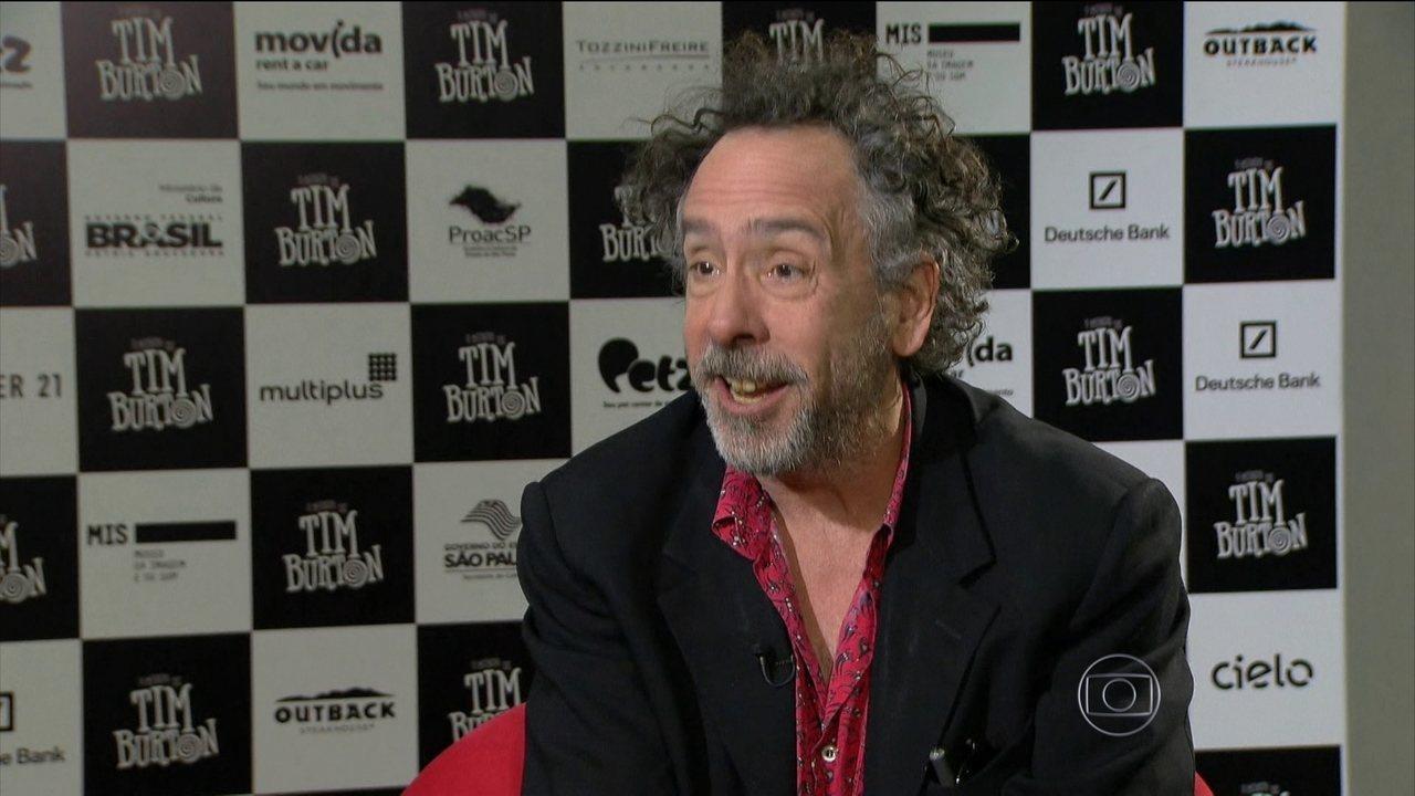 Tim Burton fala sobre o processo de criação em entrevista exclusiva