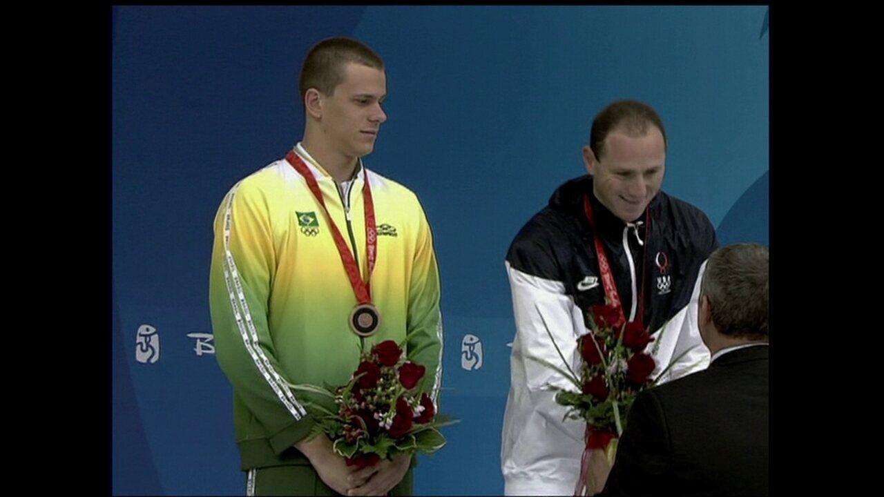 2008 - Pequim: bronze natação 100m masculino (Cesar Cielo)