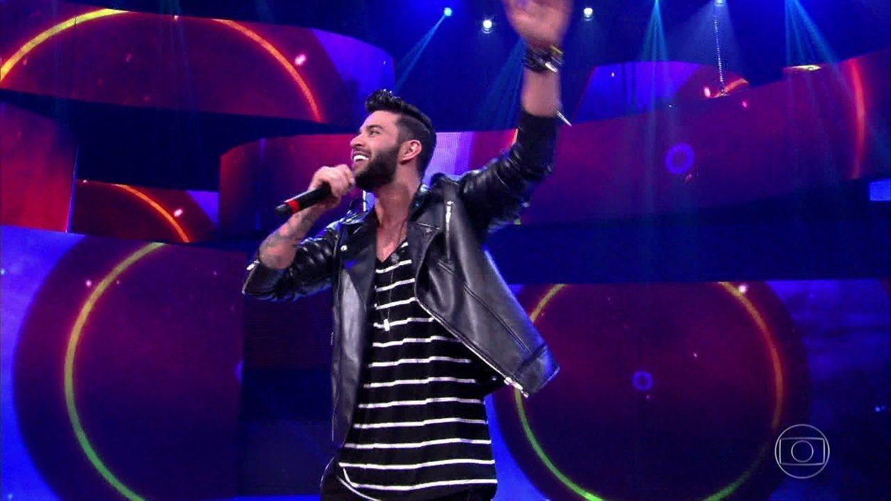 Gusttavo Lima canta