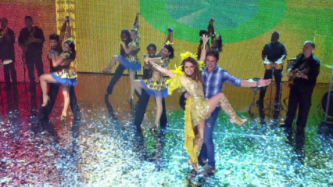 Chayene e Fabian arrasam no palco