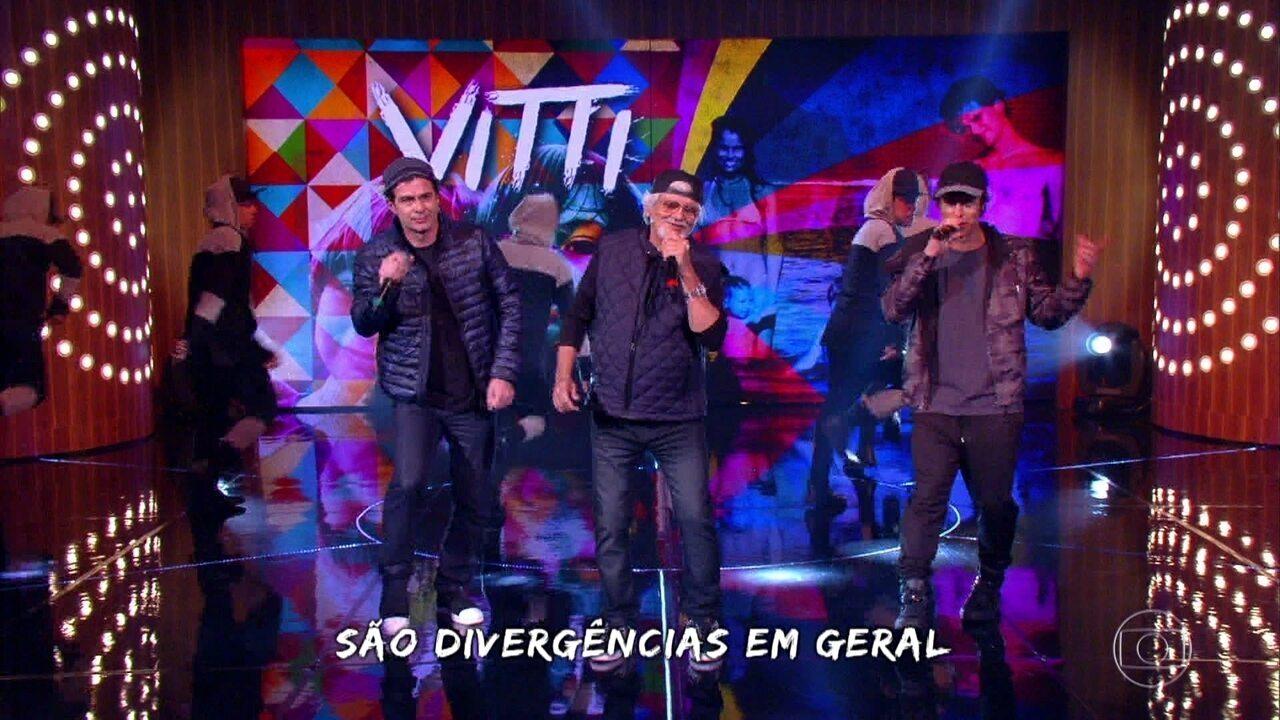 Família Vitti homenageia Rafael cantando rap