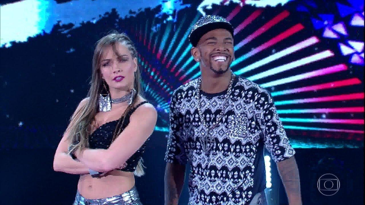 Nego do Borel dança 'Elas gostam assim'