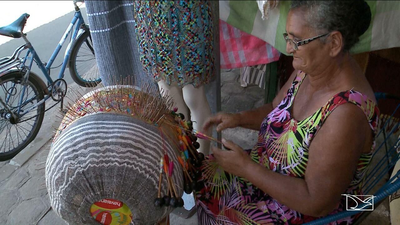 Rendeiras do MA usam método tradicional para fazer renda