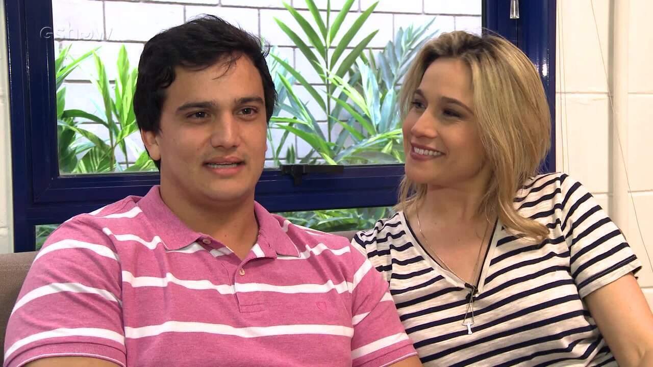 Fernanda Gentil fala sobre vida familiar ao lado do irmão