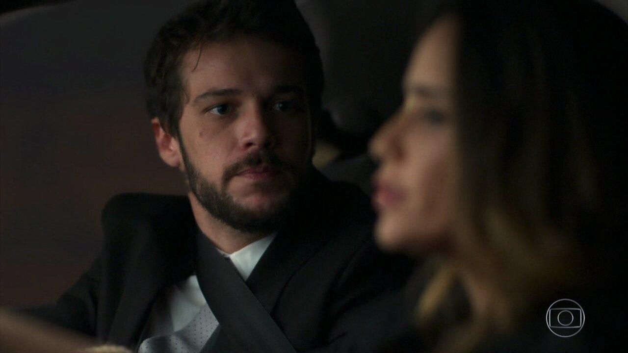 Giovanni descobre que foi sequestrado por Bruna
