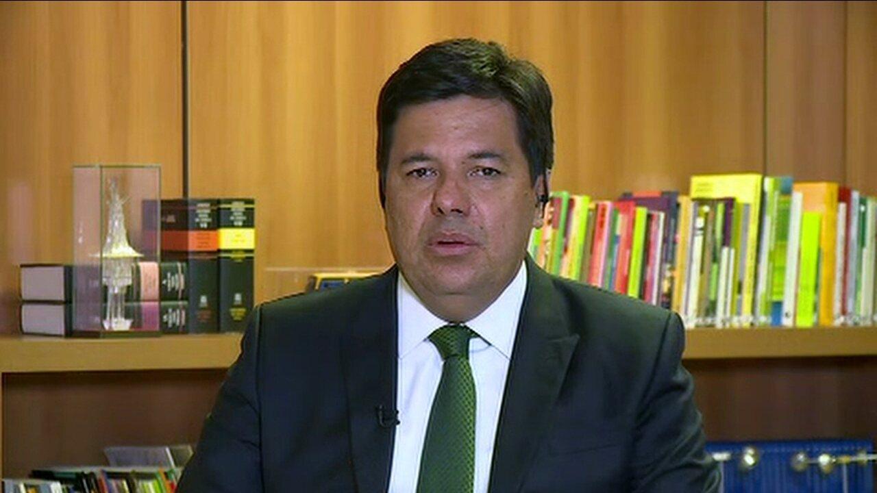 Ministro da Educação, Mendonça Filho, fala sobre o adiamento do Enem em escolas ocupadas