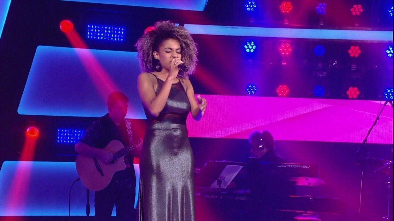 Jéssica Stephens canta 'História de Lily Braun'