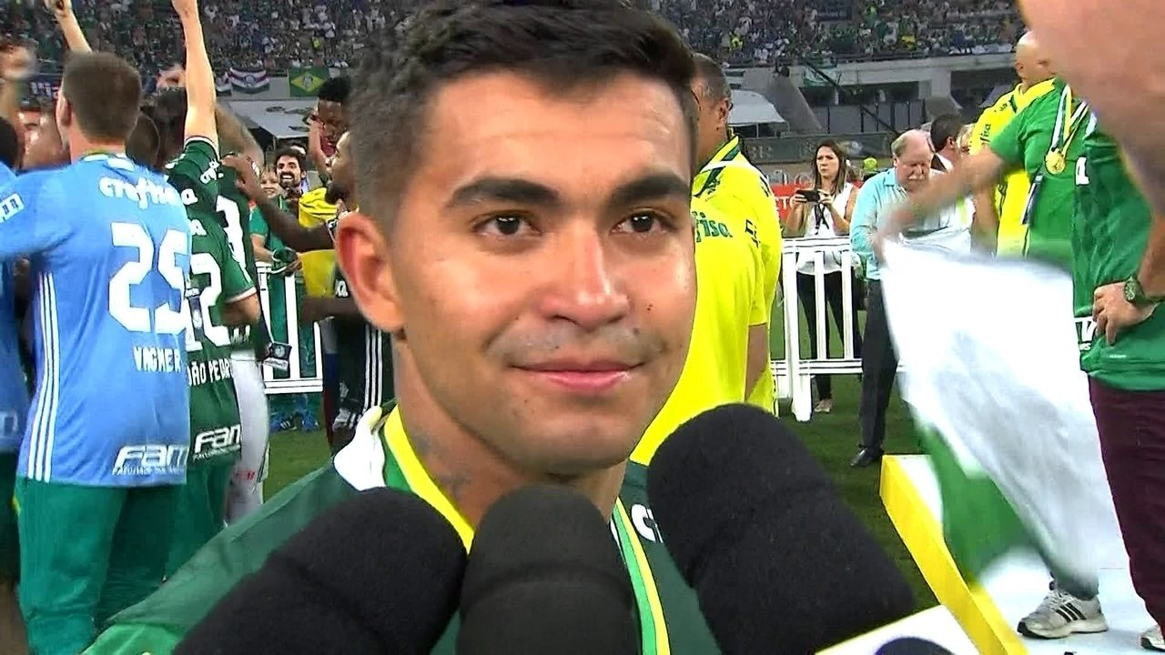 Tiramos um peso de 22 anos nas costas, diz Dudu após título brasileiro do Palmeiras