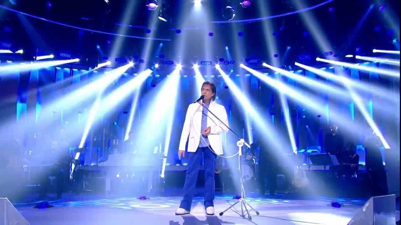 'Simplesmente Roberto Carlos': especial traz emoção e muitas participações